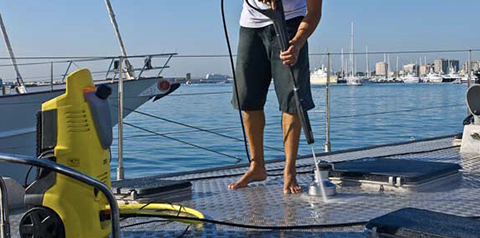 Yacht cleaning services
